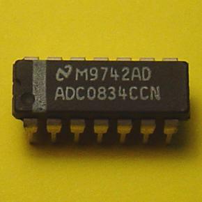 ADC0834CCN A VENDRE